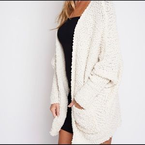 Sweaters - Super soft! popcorn knit cardigan in Ivory